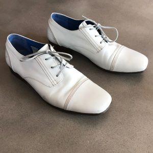 John Fluevog baby blue leather lace shoes